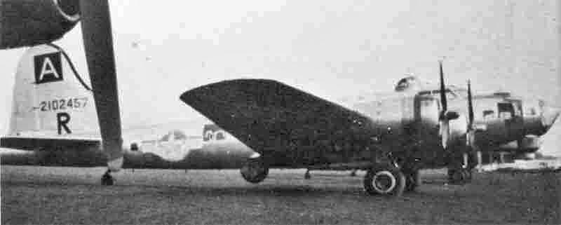 """Beide Motoren der """"Gloria"""" wurden in der Schweiz für den Rückflug nach Burtonwood repariert. (276_1)"""