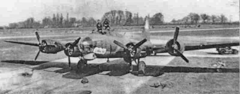 """Die """"Vonnie Gal"""" vor einem Einsatz in Kimbolton. (286_1)"""
