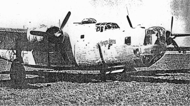 Als die letzte B-24 in Dübendorf landete fand man über 300 Einschläge in der Maschine. (197_4)