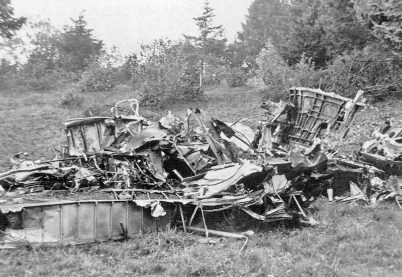 Im ausgebrannten Vorderteil kamen alle fünf Besatzungsmitglieder ums Leben. (12_2)