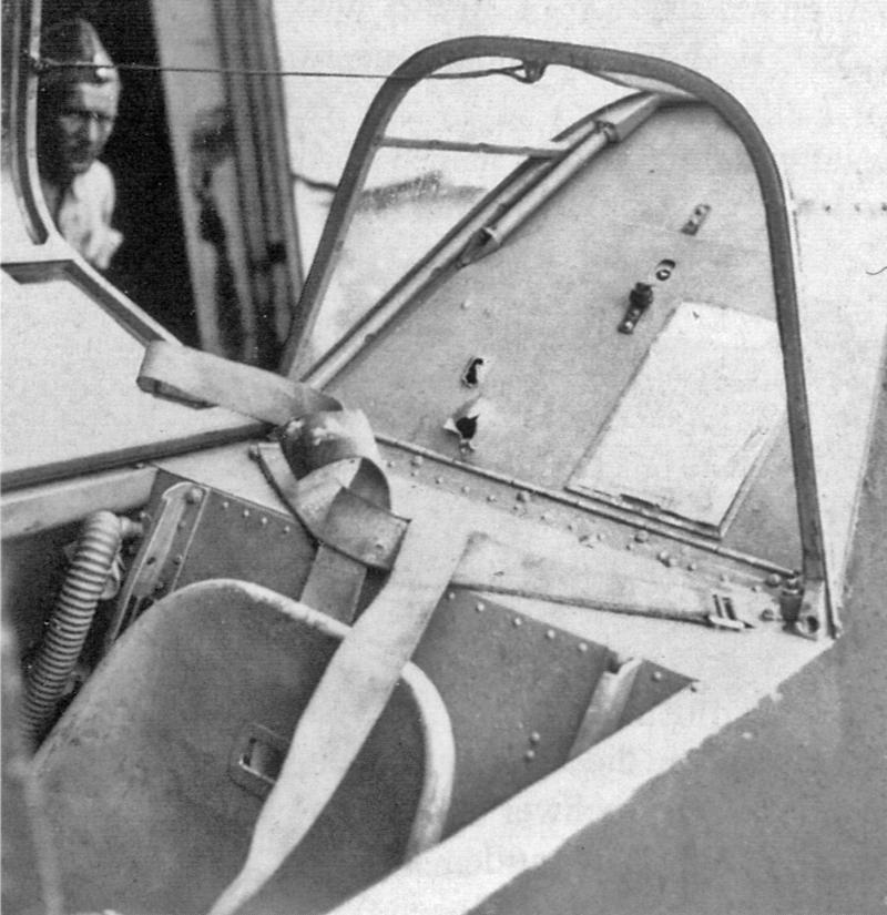 Einschüsse im Bf-109 von Oberleutnant Homberger. (19_3)