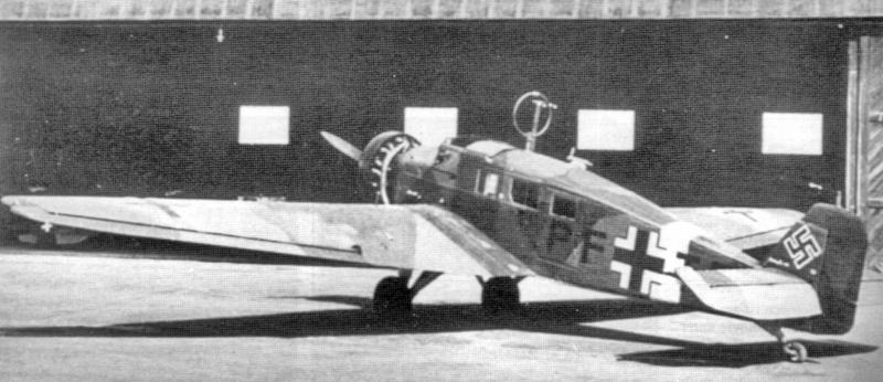 Von der W34 hau unterscheidet sich diese in Dübendorf gelandete W34 hi durch den Zweiblatt-Propeller. (40_1)