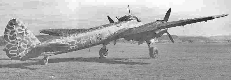 Der Bomber trägt hier in Dübendorf immer noch den Originalanstrich. (328_2)
