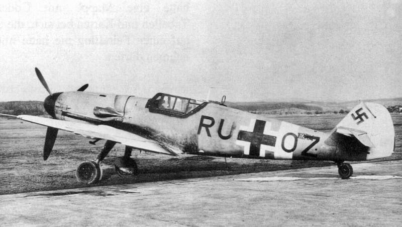 Die in Samedan gelandete Bf 109 nach dem Überflug in Dübendorf. (50_1)