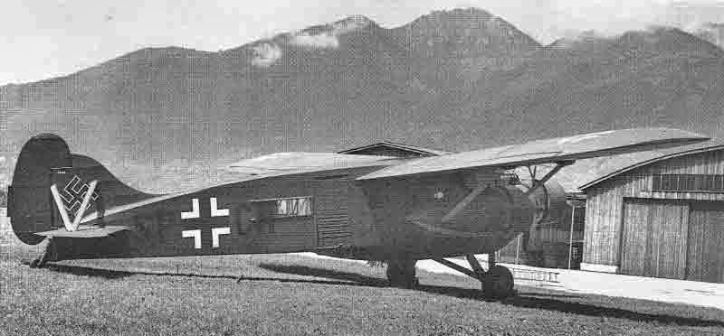 Die Caproni kurz nach der Landung in Locarno-Magadino. (387_1)