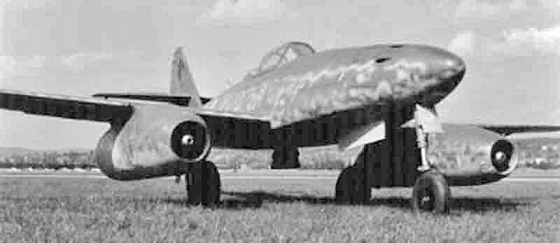 Die Me 262 kurz nach der Landung in Dübendorf. (425_1)