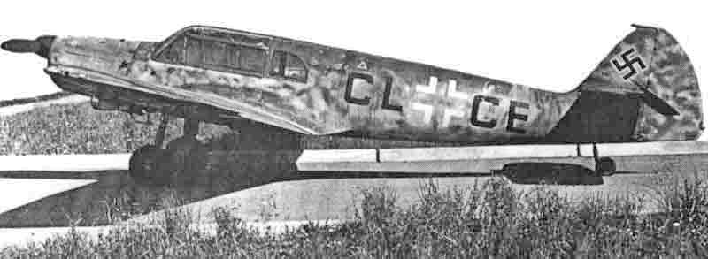 Die D-Version der Bf 108 auf dem Flugplatz Emmen. (422_2)