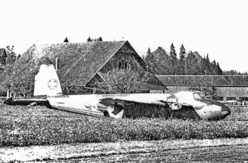 Übungshalber wurde die B-5 in Brand gesteckt. (66_1)