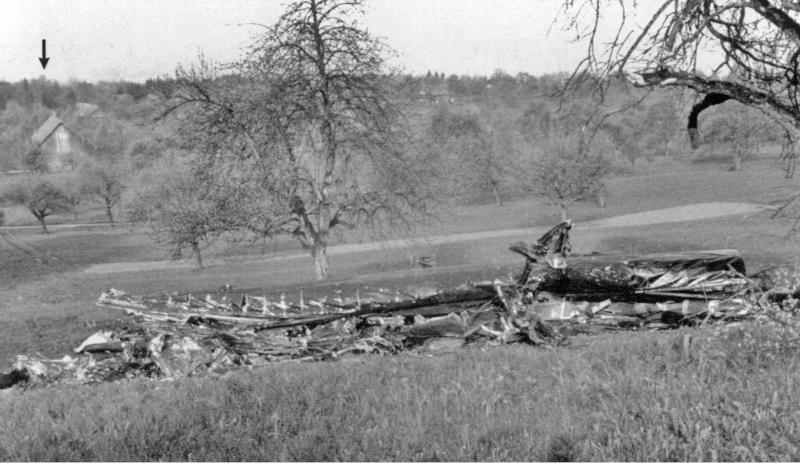 Die Trümmer der Lancaster bei Hämikon/Hitzkirch. (109_1)