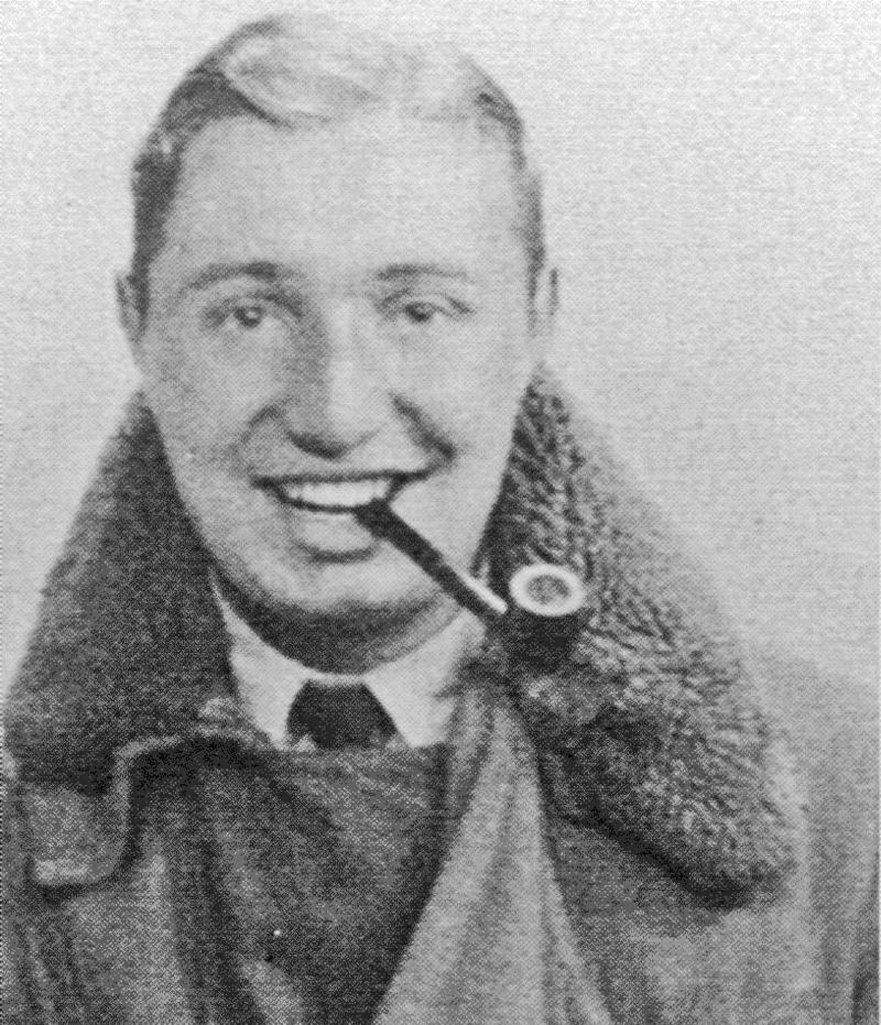 Als achtes Crew-Mitglied wurde Sgt Maurice George Smith als Special Radio Operator mitgenommen. (112_4)