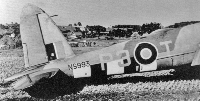 Beide Maschinen hatten falsche Squadron-Kennzeichen P3 anstatt 3P. (63_2)