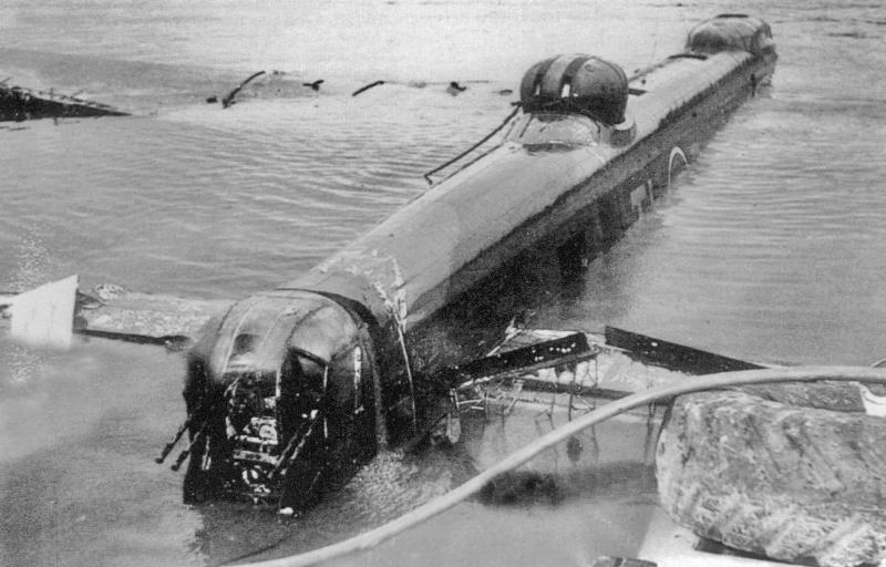 Bergung der TL-R aus dem Bodensee. (114_2)
