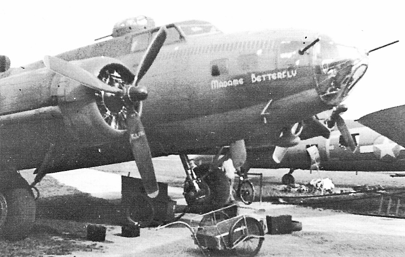 """Mit der """"Madame Betterfly"""" gelangte die Fliegertruppe zum zweiten Mal in den Besitz einer intakten B-17. (223_1)"""