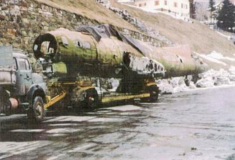 Abransport aus St.Moritz. Weitere Informationen sind leider bis heute nicht bekannt. (237_2)
