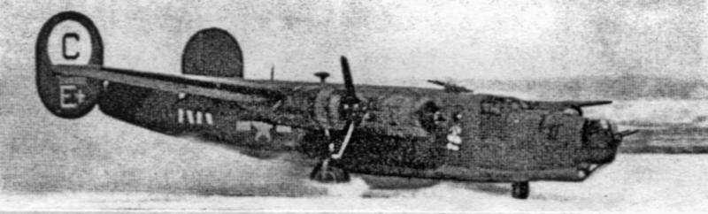 """Mit drei Motoren landete die """"Galloping Katie"""" auf dem verschneiten Flugplatz Dübendorf. (129_3)"""