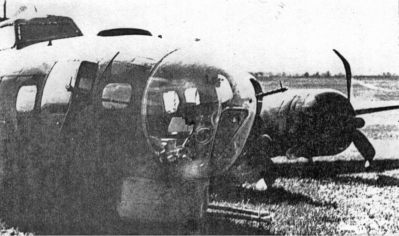 Nur die abgedrückten Propeller zeugen von der Bauchlandung. (247_5)