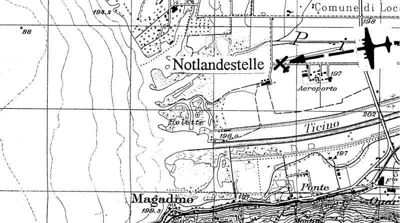Die B-17 blieb am südlichen Pistenende von Magadino stehen. (271_1)