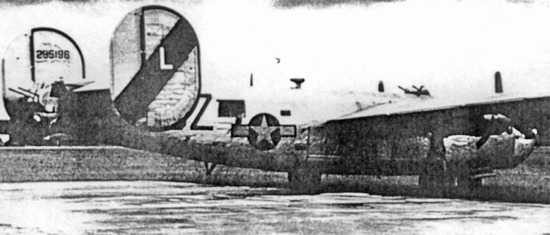 Die B-24 von Lt Platinsky in Dübendorf. (156_3)