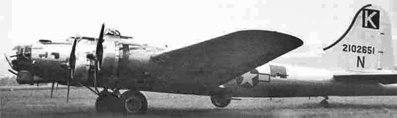 Die B-17 von 1st Lt Altmann kurz nach der Landung in Dübendorf. (272_1)