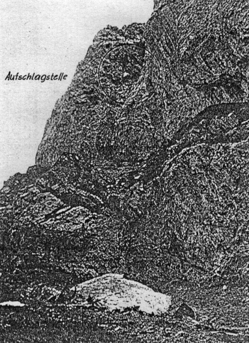 Die Aufschlagstelle in einer Felsschlucht im Säntisgebiet. (176_1)