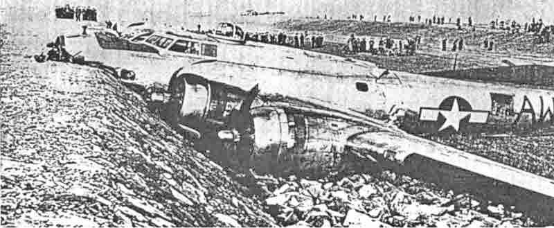 Eigentlich wollte Proctor seine Maschine in Richtung des Rheins landen. Ein Findling war jedoch im Weg, was der