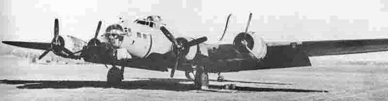 Zwei Motoren waren ausgefallen und in den Tanks war nur noch wenig Treibstoff, aber die Maschine von Capt Smith landete normal in Dübendorf. (304_1)