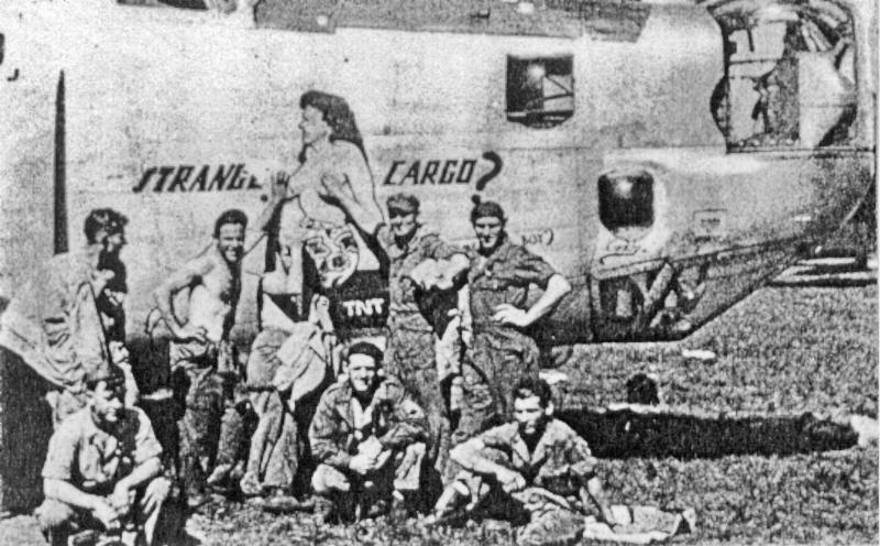 """Richard Turk flog mit der beschädigten """"Strange Cargo"""" und dem verletzten Funker in die Schweiz. (196_2)"""