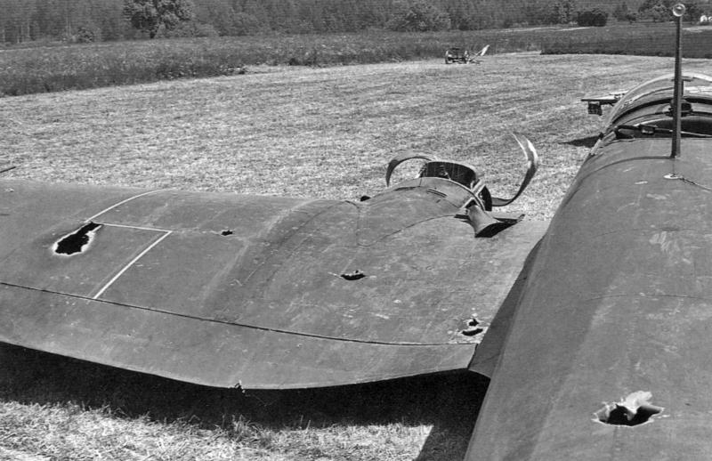 Aus relativ kurzer Distanz von 100 Meter trafen Lindecker und Aschwanden 10 Mal. Dabei wurde auch Bordschütze Lindner tödlich getroffen. (14_3)