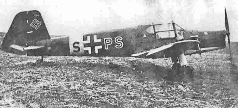 Die Maschine mit dem Kennzeichen VS+PS landete in Bonfol Jura und wurde am 5. April 1944 an Deutschland zurückgegeben. (349_1)