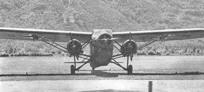 Ein wenig bekanntes Schul- und Übungsflugzeug italienischer Herkunft in Locarno-Magadino. (389_1)