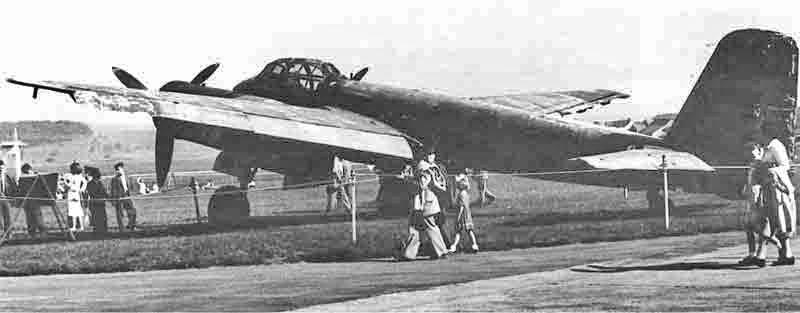 Auch diese Aufnahme zeigt die Ju 88 vor der Verschrottung. (338_1)