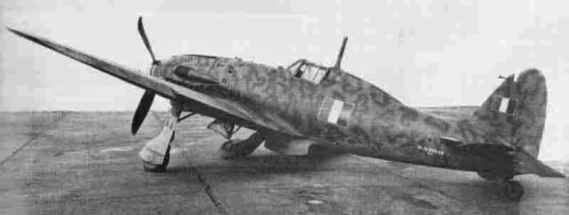 Buchstäblich mit dem letzten Tropfen Benzin erreichte der italienische Pilot den Flugplatz Lausanne. (347_1)